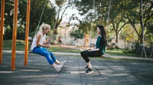 earn-how-to-make-new-friends-friendship-loneliness