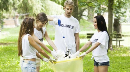 10 Ways to Give Back During Summer Break!