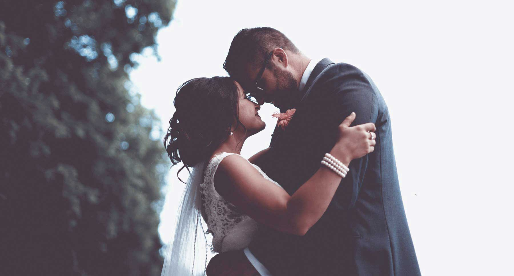 woman-and-man-on-wedding-day-thehopeline-ready-to-get-married-ready-for-marriage-should